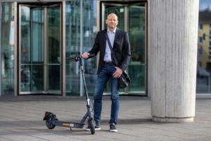 Den e-Scooter Testsieger epf1 mit Rabattcode kaufen